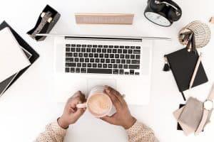 13 Tips to Beat the Facebook Algorithm | social media marketing | online business | blog | blogging | #socialmedia #socialmediamarketing #onlinebusiness #blog #blogging